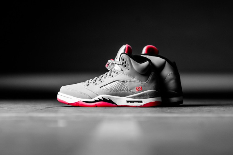 air-jordan-5-retro-gs-wolf-grey-hot-lava