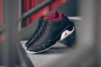 air_jordan_9_retro_low_black_red_snake_sneaker_politics_bred_hypebeast_12_grande